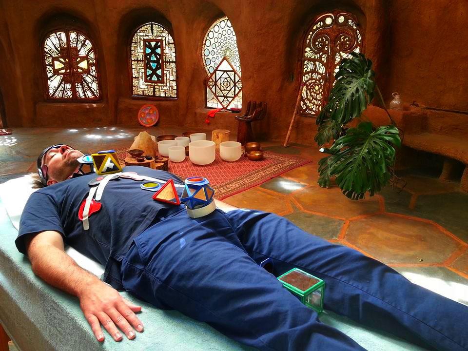 Estimulaciòn de los chakras (foto: Bioluz)