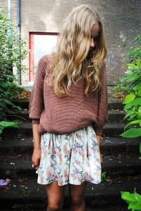 como-combinar-una-falda-de-flores 8
