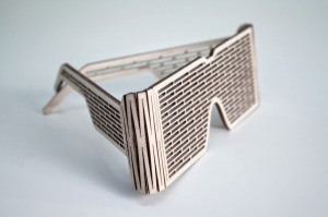 Shade-Wooden-Sunglasses-Qoowl-2-600x399