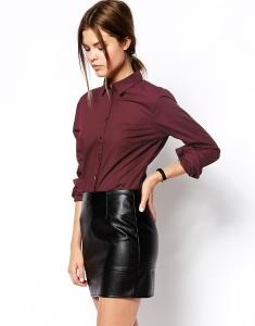 Elegante blusa tono marsala que te llevará de la oficina al happy hour sin problemas