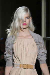 2015-hairstyles-from-milan-fashion-week-31