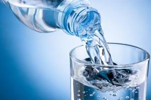 Tomar agua ayuda a acelerar el metabolismo