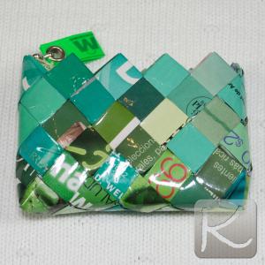 Monedero de papel de revista reciclado Valor:  $ 6.490